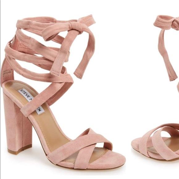 86ad84aaca0 Christen Steve Madden Light Pink Wrap Block Heel. M 5ad275e4a44dbef94ccc7dec